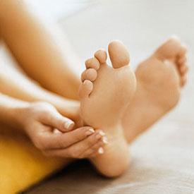 Плоскостопие. Описание, виды, профилактика и лечение плоскостопия. Упражнения от плоскостопия