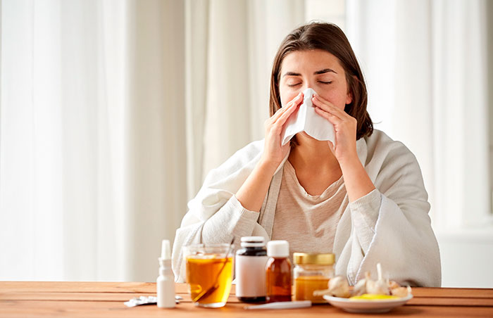 Лечение ринита (насморка) традиционными средствами, лекарства от насморка