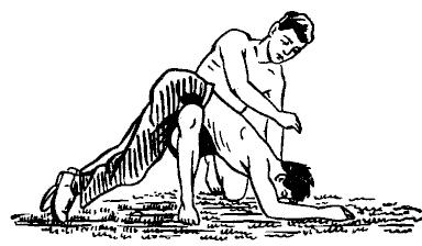 Положите человека на свое колено