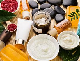Рецепты скрабов в домашних условиях - кофейный, сахарный, медовый, морской и другие виды