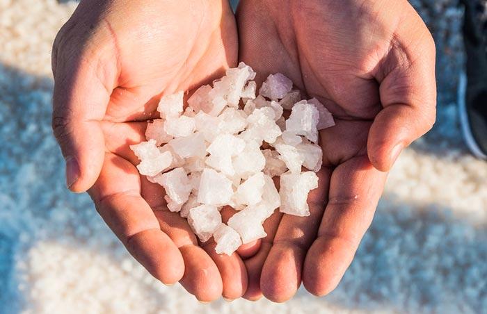 Полезные и вредные свойства соли