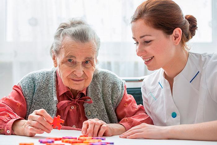 Как лечить деменцию? Лечение деменции - рекомендации, лекарства, правила ухода