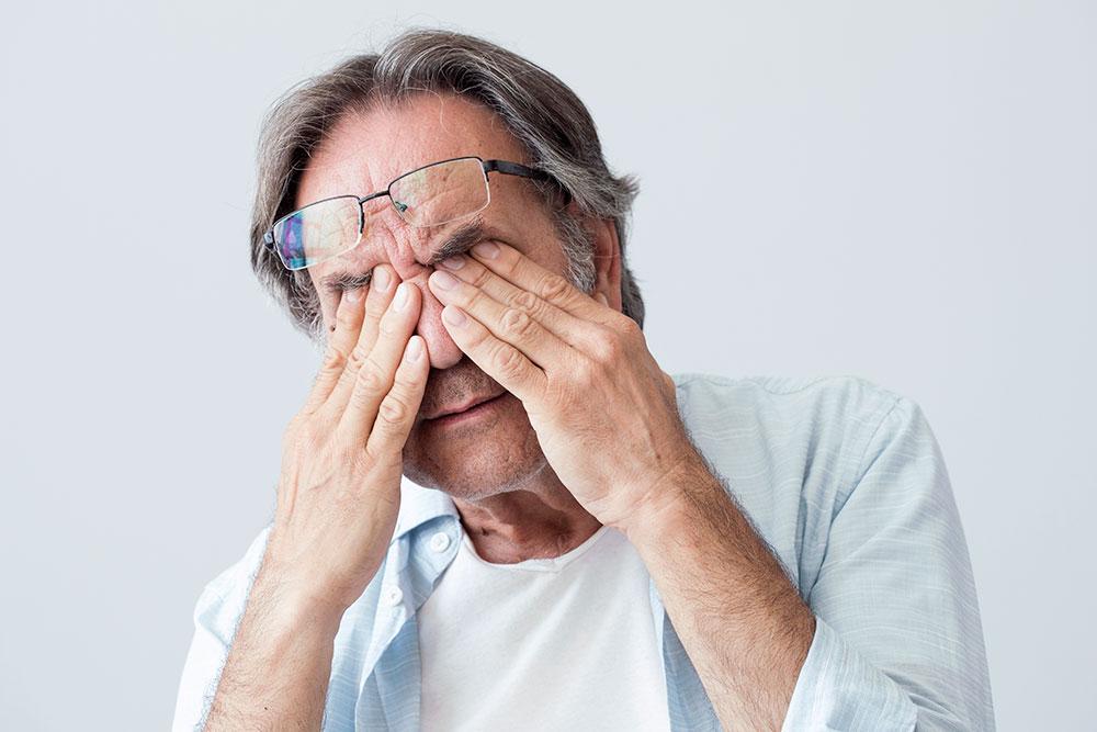 Болят глаза – причины, симптомы, что делать, лечение, лекарства от болей